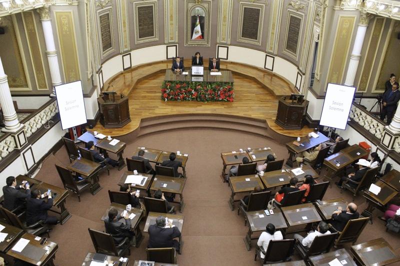 Congreso condena la violencia de género en Puebla y el país