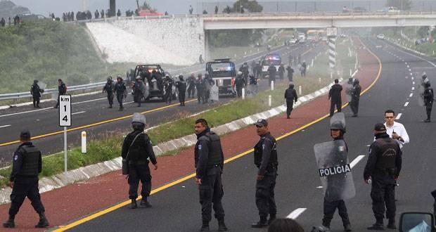 Sin rastro de los seis policías involucrados