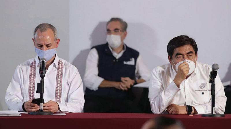 Alargan 15 diacuteas maacutes el semaacuteforo rojo en Puebla