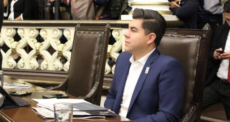 Tricolor se convierte en primera fuerza opositora en Congreso