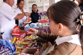Diputados promoveraacuten Ley contra comida chatarra y refrescos