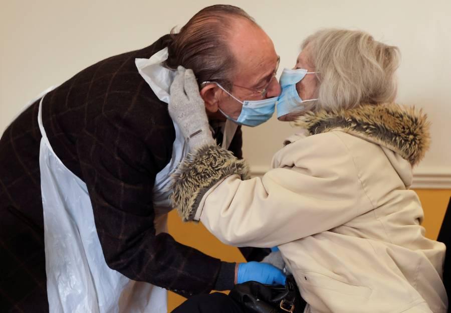 Ancianos, blanco de la segunda  ola del Covid-19 en Europa