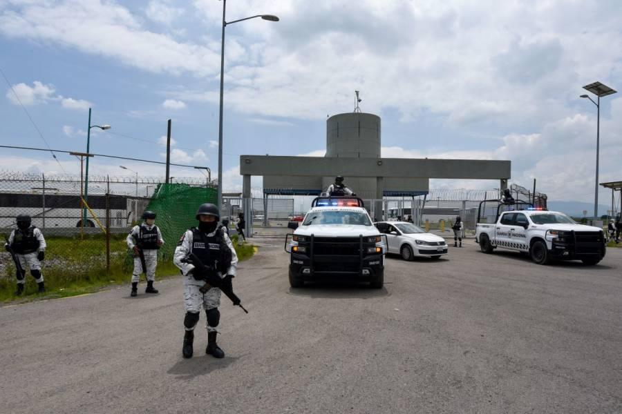 AMLO va por reducir costos de penales privados