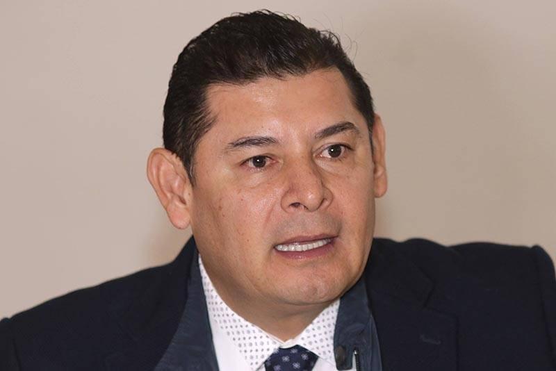Revelan trama para repartir candidaturas en Morena