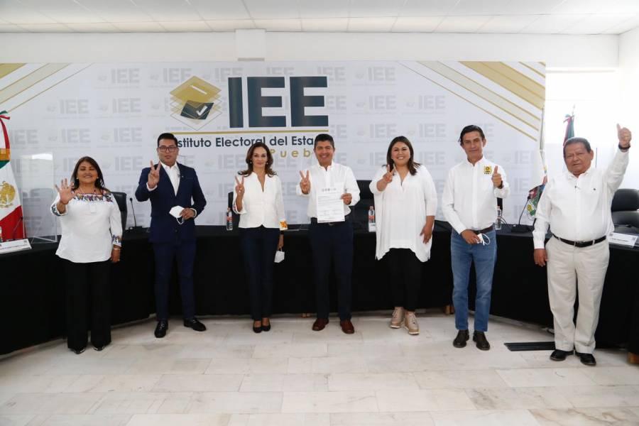 PRD Puebla recibe a Eduardo Rivera Pérez para reafirmar compromisos en favor de Puebla