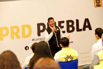 "PRD estatal a Eduardo Rivera; ""retomarán Puebla capital """