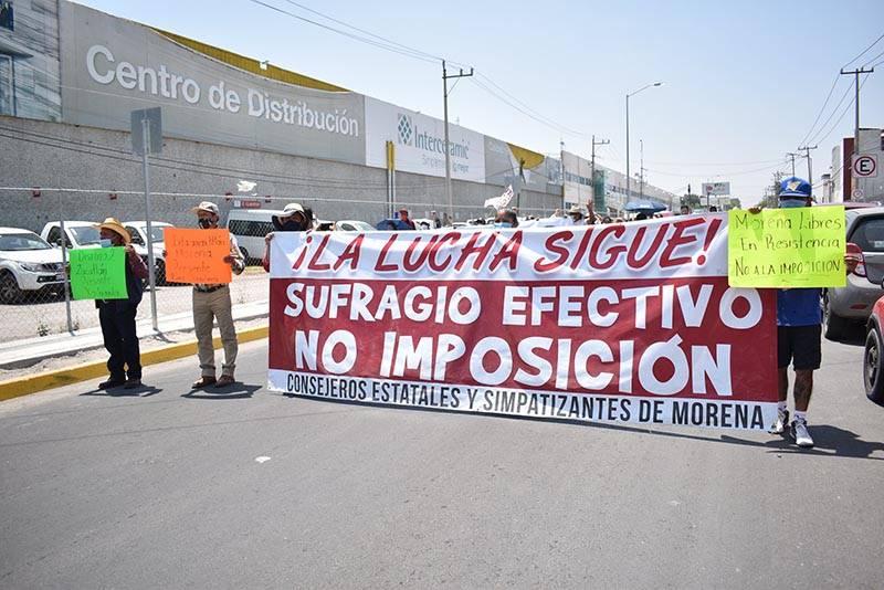 Morenistas continúan imponiendo candidaturas