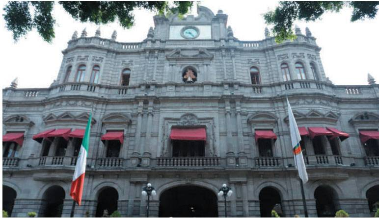 """Regidores rechazan que haya """"finanzas sanas"""" en Puebla"""