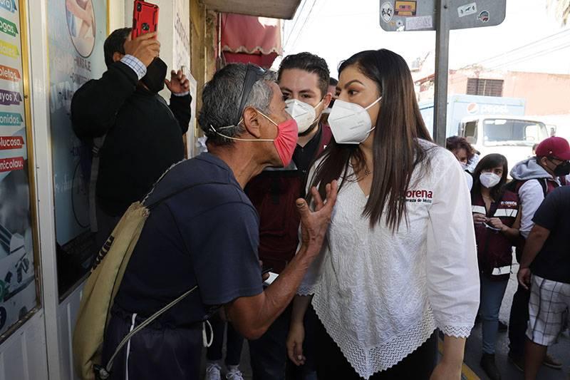 Claudia Rivera arranca campaña con una mentira