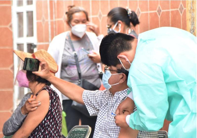 Pandemia contenida; 15 días más de amarillo