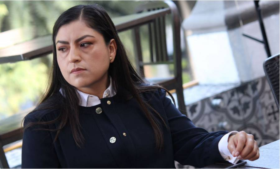 La soledad de Claudia Rivera Vivanco en su retorno a la Comuna