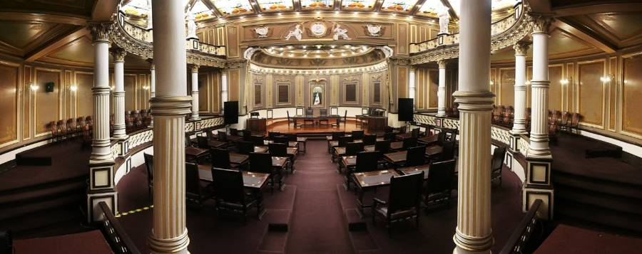 Solo 3 de cada 10 nuevos diputados locales con experiencia legislativa