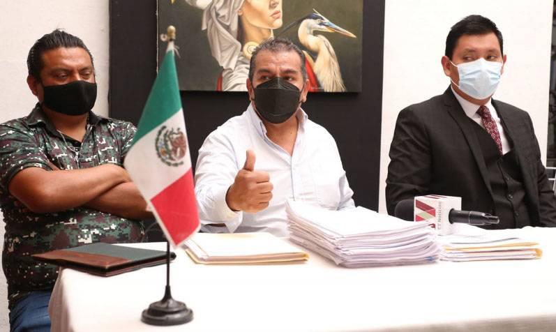 Locatarios de Amalucan van por cascada de denuncias contra la alcaldesa