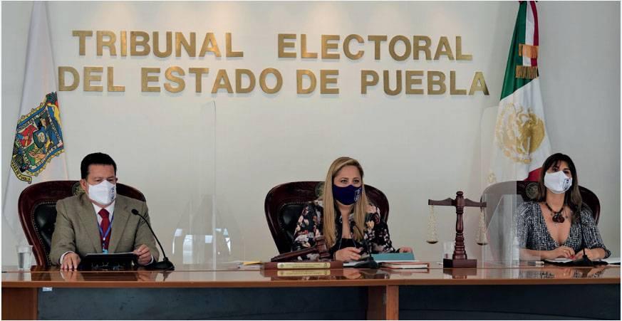 Batean denuncias de Claudia Rivera por violencia política de género