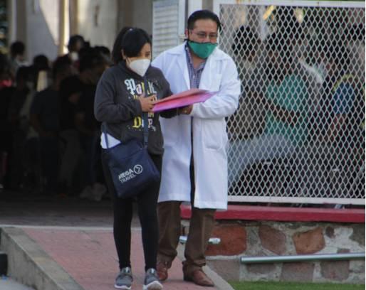 Cada 66 horas, una mujer embarazada se contagia de Covid-19 en Puebla